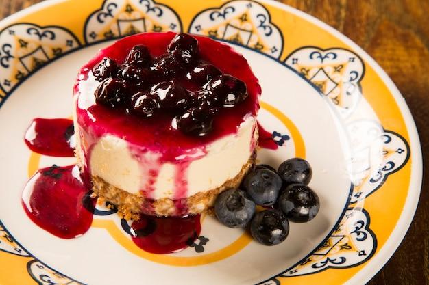 딸기와 함께 맛있는 치즈 케이크