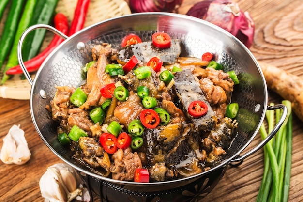 맛있는 중화요리, 닭솥으로 끓인 부드러운 거북이