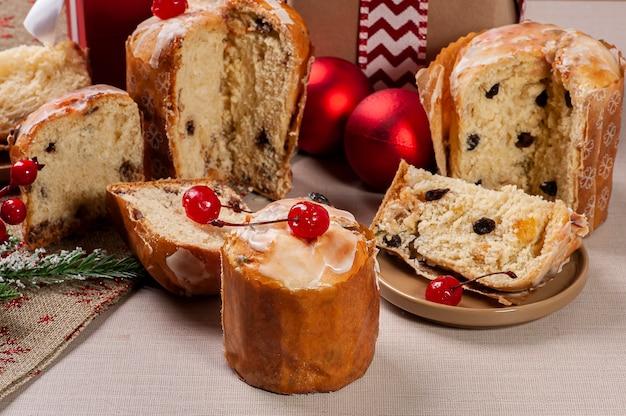 맛있는 크리스마스 디저트, 수제 미니 파네 톤, 과일