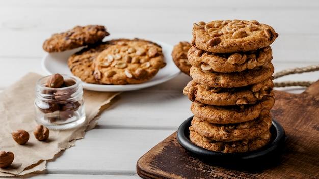 Deliziosi biscotti sul tavolo