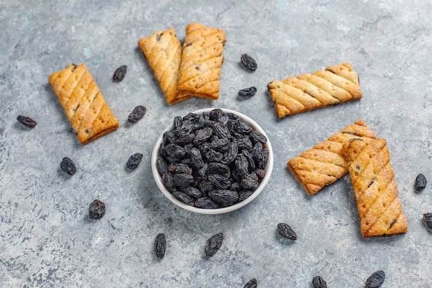 Delicious cookies with raisin