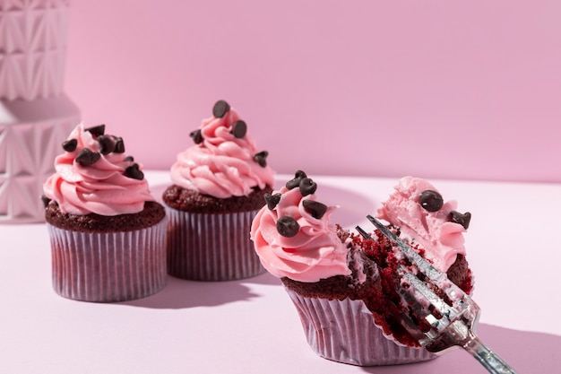 Deliziosi cupcakes con gocce di cioccolato