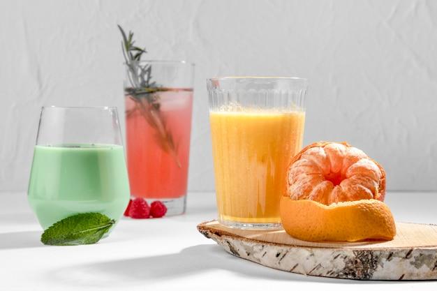 Deliziosa composizione di bevande disintossicanti