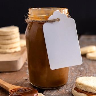 Вкусная концепция баночки dulche de leche