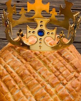 Вкусный десертный пирог крещения крупным планом