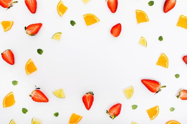 Delicious fresh fruit slices copy space