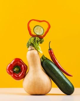 Disposizione deliziosa delle verdure fresche