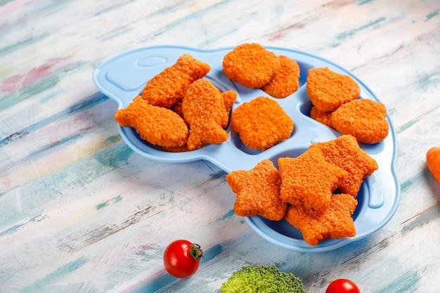 Deliziose crocchette di pesce surgelato.