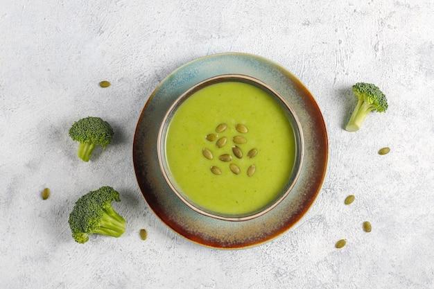 Delicious green homemade broccoli cream soup.