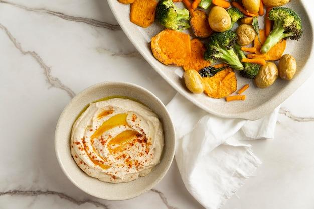 Delizioso pasto vegano ad alto contenuto proteico