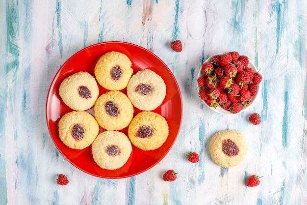 Вкусное домашнее малиновое печенье.