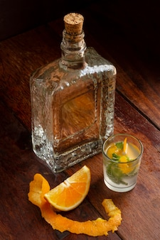 Deliziosa disposizione di bevande alcoliche mezcal?