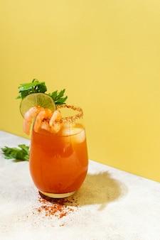 Вкусный ассортимент напитков мичелада