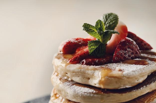 イチゴのおいしいパンケーキ