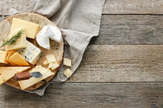 Вкусные кусочки сыра