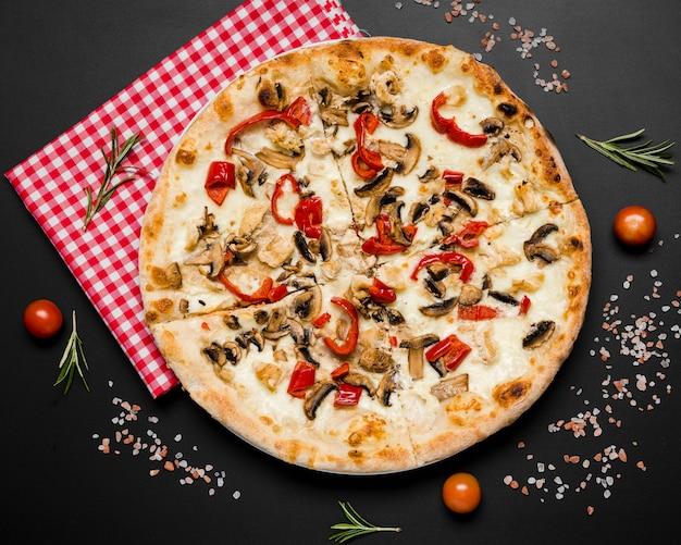 キノコのおいしいピザ
