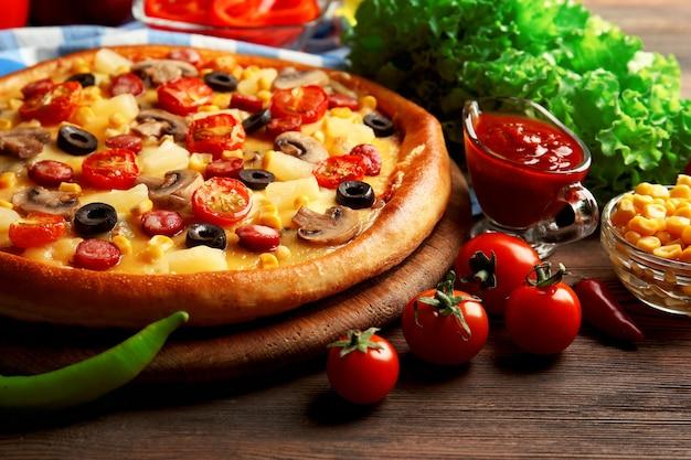 야채와 고기, 맛있는 피자 클로즈업