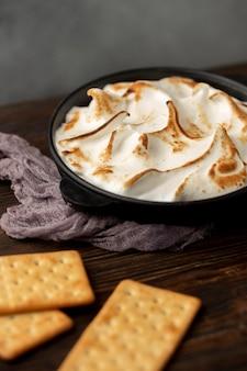 Deliziosa composizione di dessert s'mores