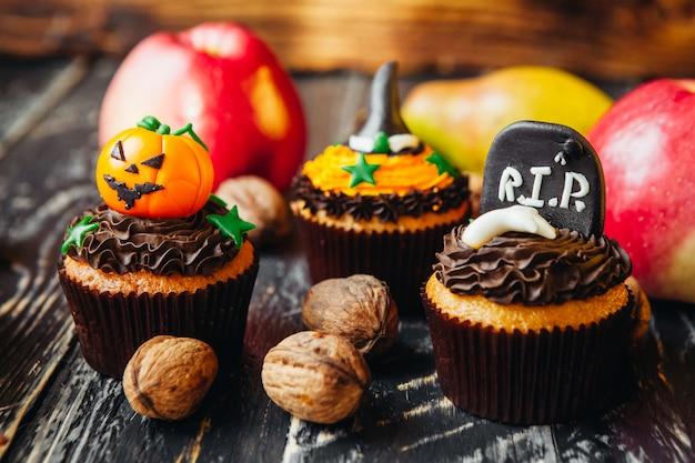 子供のためのハロウィーンのためのおいしいお菓子