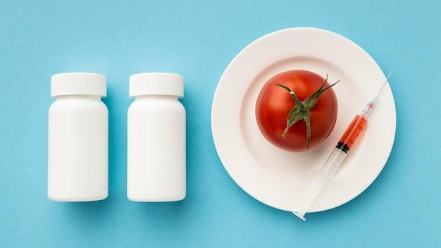 Pomodori deliziosi alimenti modificati ogm