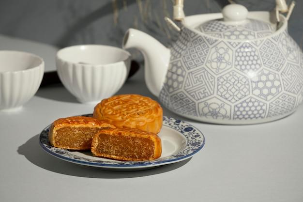Вкусная традиционная десертная композиция