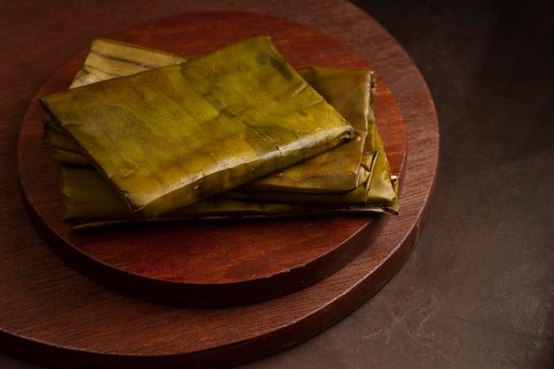 おいしい伝統的なタマーレのアレンジメント