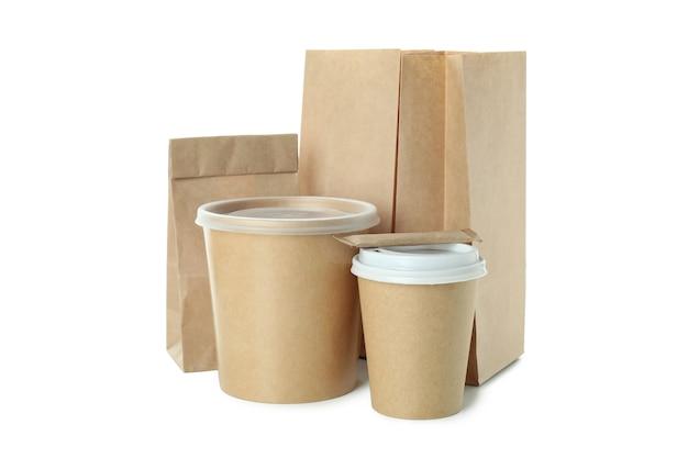 Контейнеры для доставки еды на вынос, изолированные на белой поверхности
