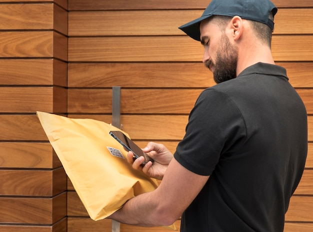 Delivery man delivering a package