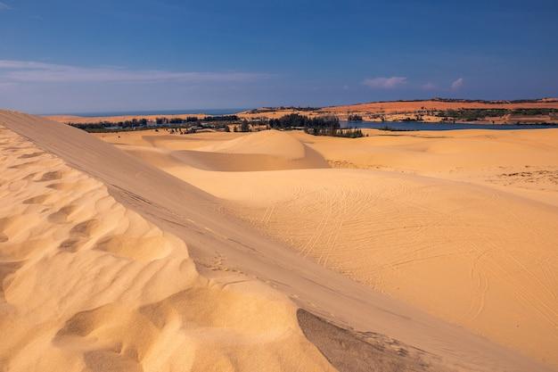 베트남 무이네의 사막과 줄무늬