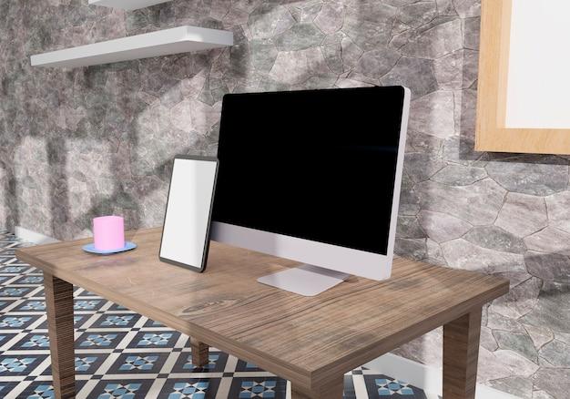 사무실의 데스크톱 컴퓨터 및 태블릿