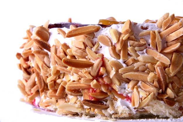 Десертный кекс с орехами
