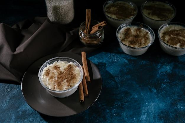 Dessert rice pudding