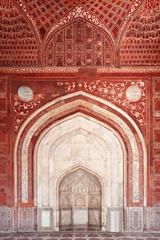 Detail of decorating the taj mahal