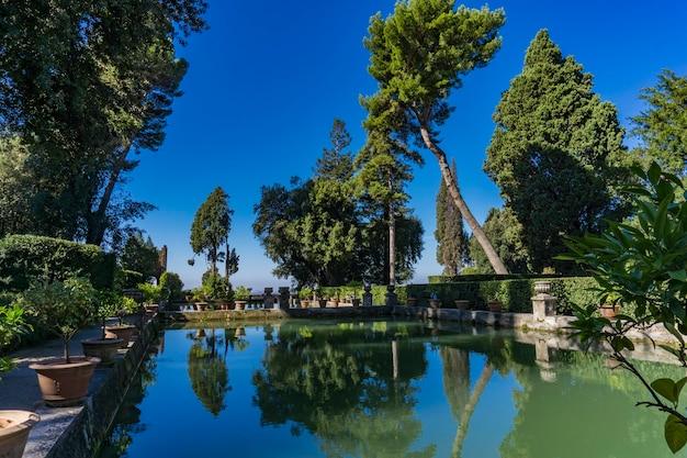 イタリア、ティヴォリのヴィラデステからの詳細
