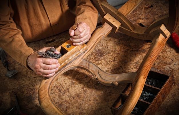 古典的なヴィンテージ大工ツールの詳細
