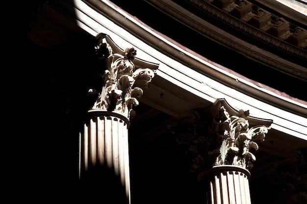 이탈리아 로마 판테온의 기둥 세부 사항