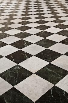 피에몬테 지역의 토리노에서 가까운 베나리아 왕궁의 갤러리아 디 다이아나 바닥 세부 사항