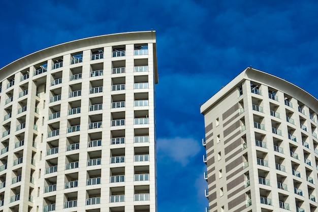 イタリア、ジェノヴァの近代建築の詳細 Premium写真