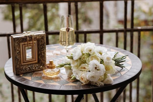 Детали утра невесты.