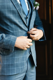 The details of the wedding day preparation of the groom