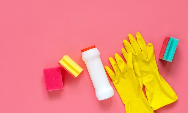 Моющие средства и аксессуары для уборки