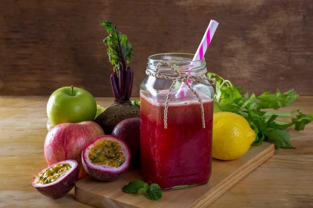Растительный сок детокс
