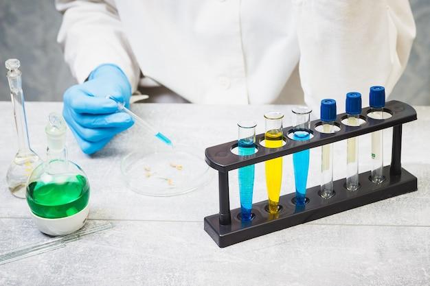 Covid-19ウイルスに対するワクチンの開発、コロナウイルス医薬品開発研究所