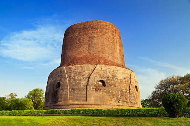 Dhamekh stupa near varanasi in india