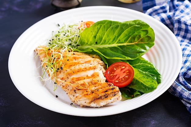 식이 메뉴. 야채의 건강한 비건 샐러드