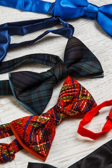 Different bow ties