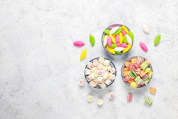 다른 다채로운 설탕 사탕, 평면도