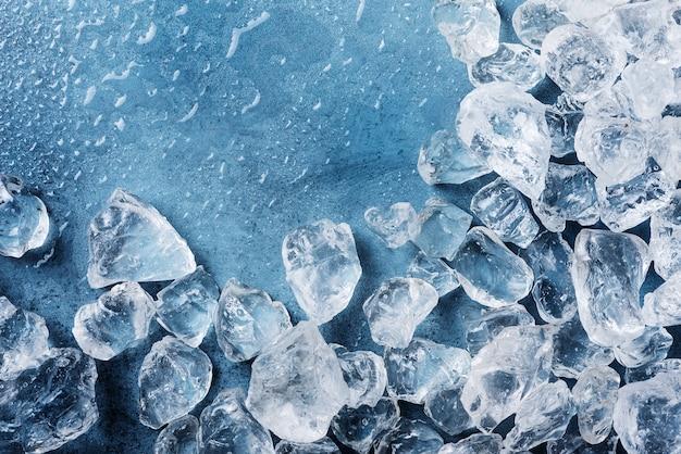 Разные кристаллы льда