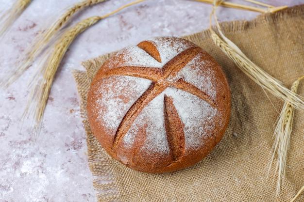 배경, 평면도로 신선한 빵의 종류