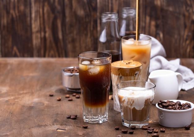 Различные модные холодные кофейные напитки
